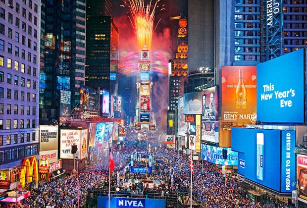 Resultado de imagem para FOTO Réveillon na Times Square, em NY,